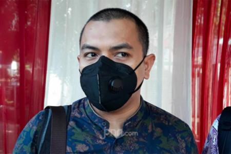 HRS Dituntut 2 Tahun Penjara, Aziz Yanuar Siapkan Senjata Maut!