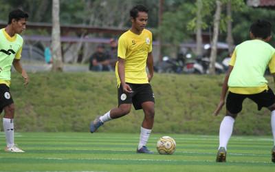 Dejan Antonic Tertarik Pemain Akademi Untuk Dibawa ke Tim Utama