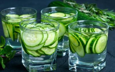 Rutin Minum Rendaman Air Mentimun, Khasiatnya Dahsyat