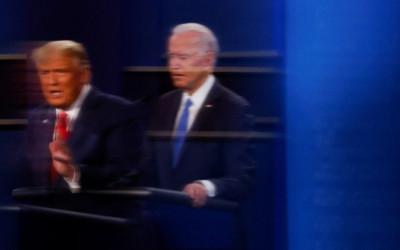 Donald Trump Gigit Jari, Suaranya Kalah Jauh dari Joe Biden