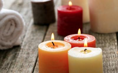 Ingin Betah Tinggal di Rumah? Gunakan Lilin Aromaterapi Ini