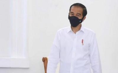 Pakar Hukum Top Beber Isu Ganti Menteri: Jokowi Gagal...