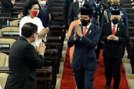 Mendadak Refly Harun Minta Maaf Kepada Pemerintahan Jokowi, Kaget