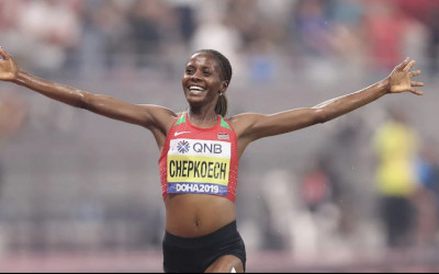 Lari 5 KM Hanya 14 Menit, Pelari Wanita Cetak Rekor Dunia