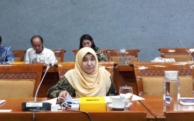 Nasib Guru Swasta Minim Perhatian, PKS Ngamuk pada Nadiem