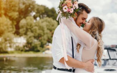 8 Ucapan Romantis untuk Istri saat Ulang Tahun, Suami Wajib Tahu!