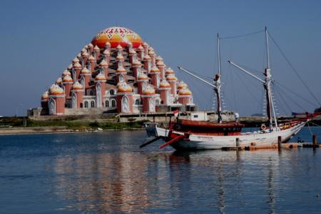 5 Masjid Cantik Wajib Dikunjungi untuk Wisata Religi
