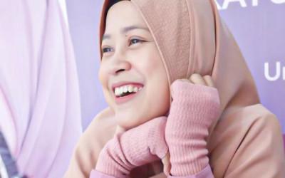 Sempat Tertipu Skincare Palsu, Nurhayati Ciptakan Produk Halal
