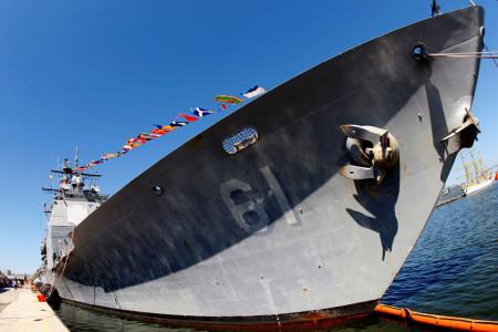Panas! Kapal Perang AS Lancarkan 30 Tembakan, Iran Waspada!