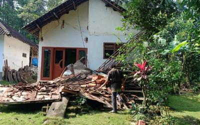 Update Gempa Jatim: 6 Meninggal Dunia dan 1 Luka Berat