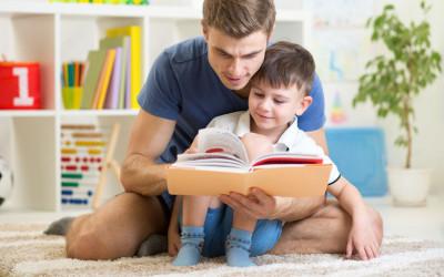 4 Tips Sederhana bagi Ayah saat Dampingi Anak Belajar Daring