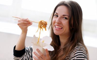 Sahur Pertama, Jangan Banyak Makan Mie Instan, Bisa Bahaya