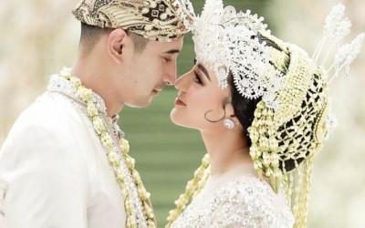 Ali Syakieb Menikah dengan Margin Wiheerm Tanpa Pacaran