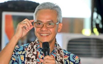 Reshuffle Kabinet, Mungkinkah Ganjar Meniru Risma Jadi Menteri