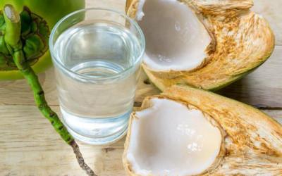 Rutin Minum Air Kelapa Muda Campur Madu, Manfaatnya Mencengangkan