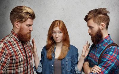 Meski Pilihan yang Sulit, 4 Cara Keluar dari Jerat Cinta Segitiga