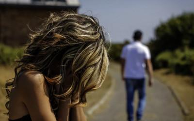 Cinta Saja Belum Kuat, 3 Alasan Pria Pergi Tinggalkan Pasangannya