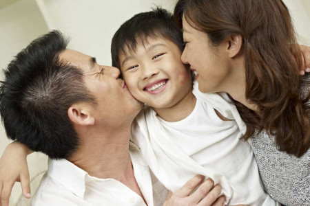 3 Persiapan Jadi Orang Tua Tiri agar Diterima Baik Anak Sambung