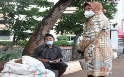 Bak Ketiban Durian Runtuh, Pemulung Binaan Risma Digaji Segini