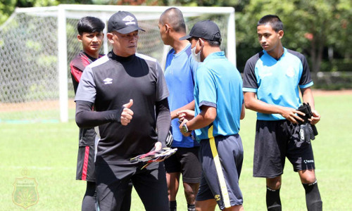 Kabar Duka, Pelatih Kiper Bhayangkara U-20 Tutup Usia   Genpi.co - Palform No 1 Pariwisata Indonesia