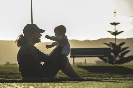 Hai Bunda, Olahraga Bersama Anak Bisa Bangun Kekompakan Loh
