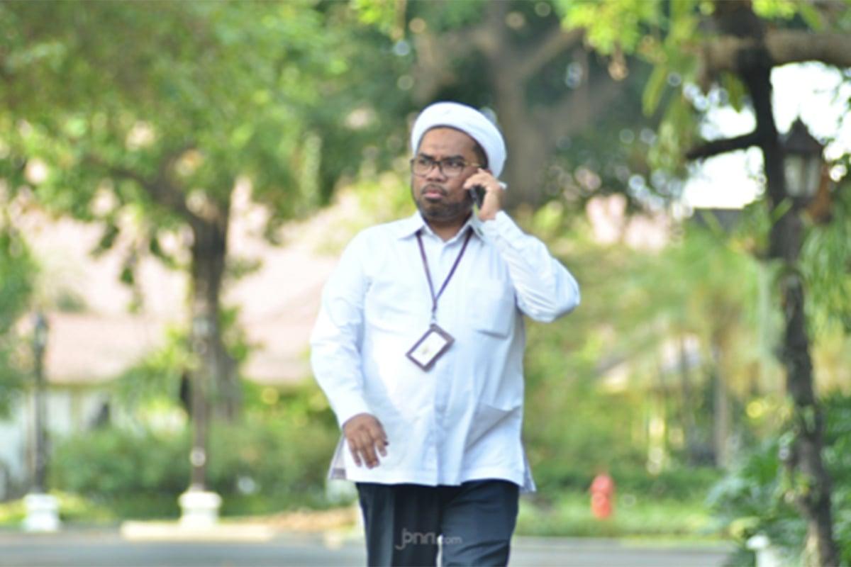 Mendadak Ali Ngabalin Buka Fakta Mengejutkan: Kantong Mata Jokowi - Tenaga Ahli Utama KSP Ali Mochtar Ngabalin. (Foto: JPNN.com/GenPI.co)
