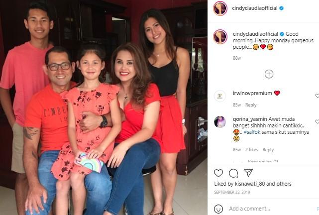 Jarang Terungkap! Putri Cindy Claudia Harahap Secantik Bidadari