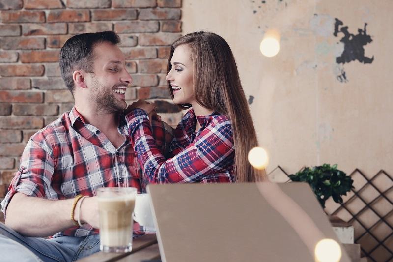 Ilustrasi: Pasangan suami istri (foto: freepik)