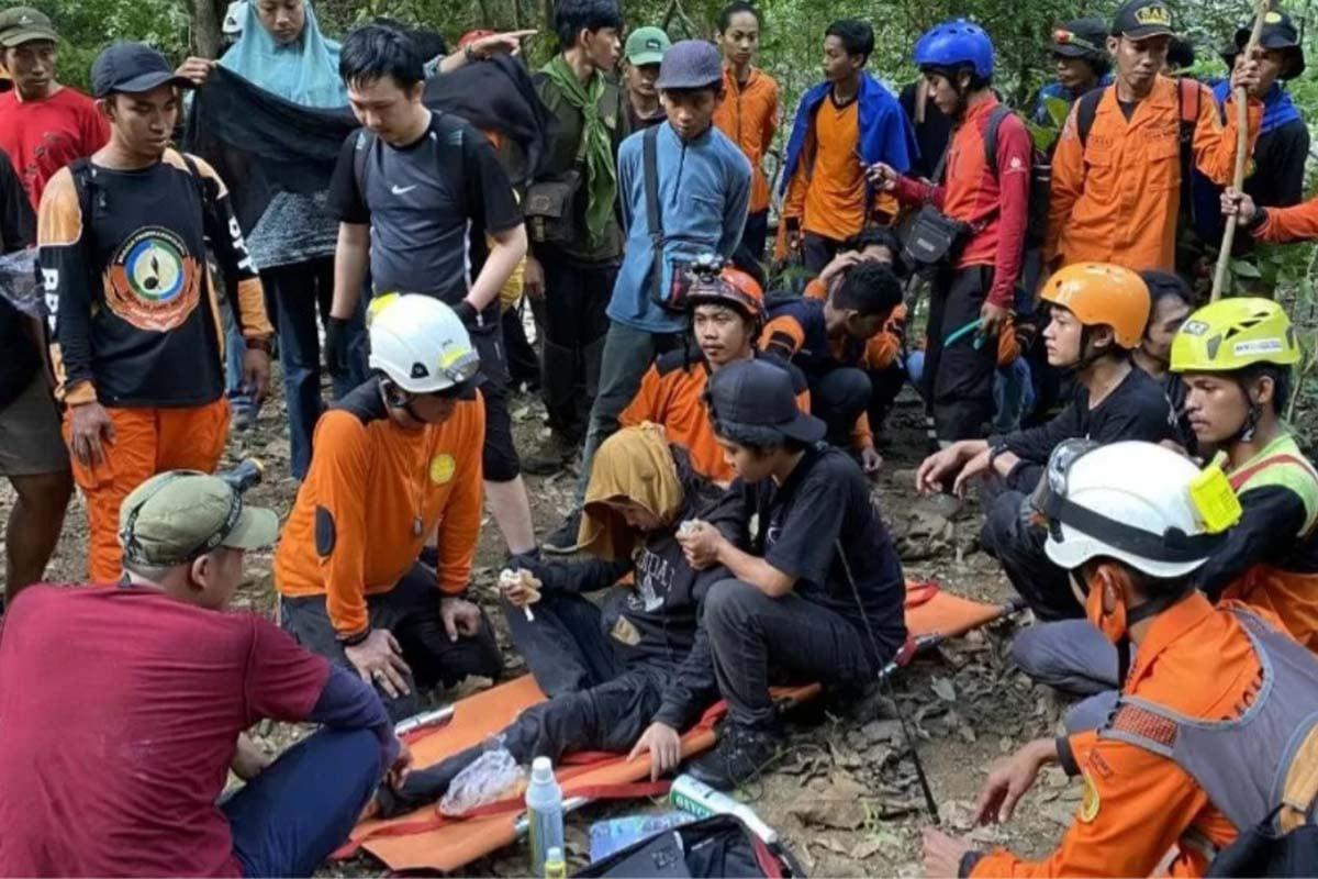 Bau Arifah (25) setelah empat hari pencarian, usai dinyatakan hilang sejak Ahad (6/6) di Gunung Abbo, Bantimurung, Kabupaten Maros, Sulawesi Selatan, Rabu (9/6/2021). (FOTO: ANTARA/HO)
