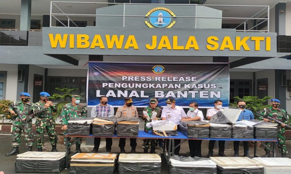 Pangkalan TNI Angkatan Laut (Lanal) Banten menggagalkan penyelundupan benih lobster. (Foto: Koarmada I)