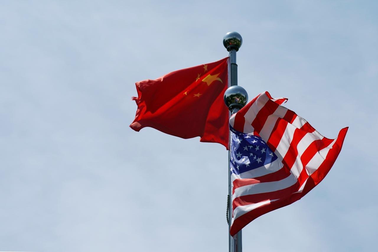 Amerika Serikat dikabarkan telah mengambil ancang-ancang untuk langsung memberikan gempuran kepada China. (foto: REUTERS/Aly Song)