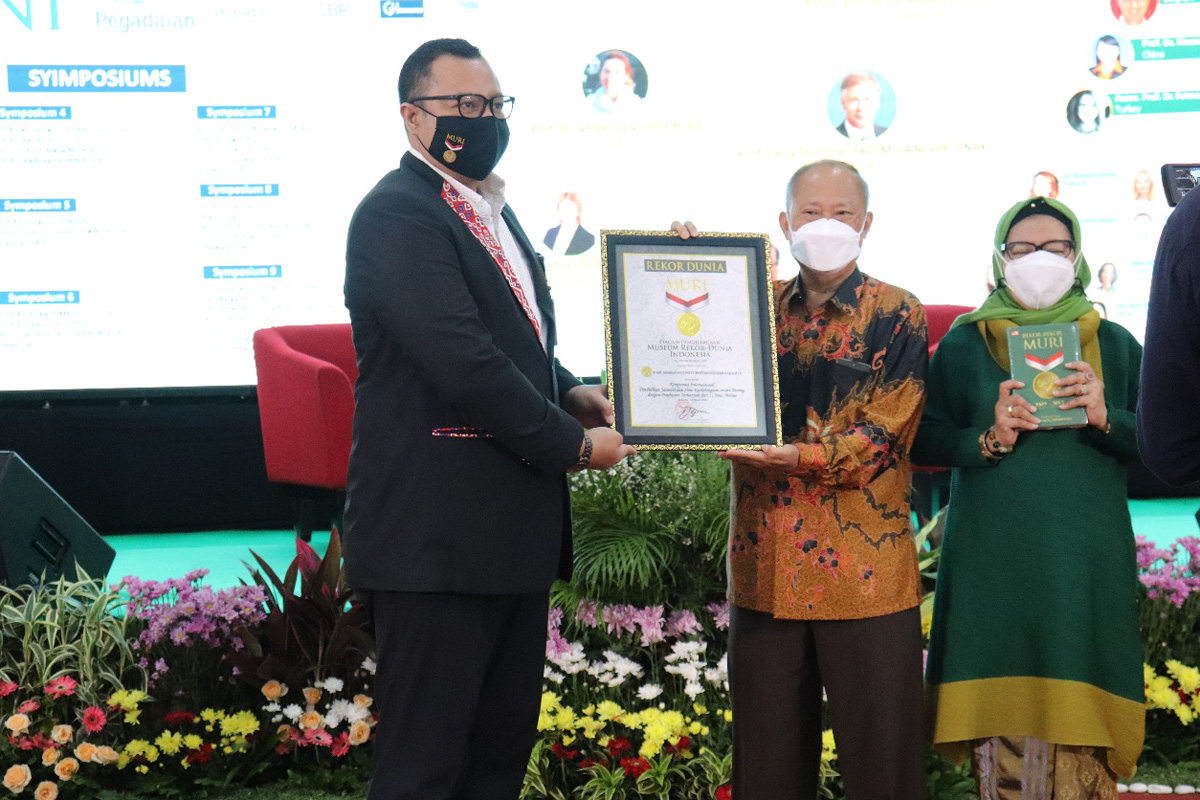 Pascasarjana Universitas Negeri Jakarta (UNJ) menyelenggarakan Virtual International Conference of Physical Education and Sports Science keenam. Foto: UNJ