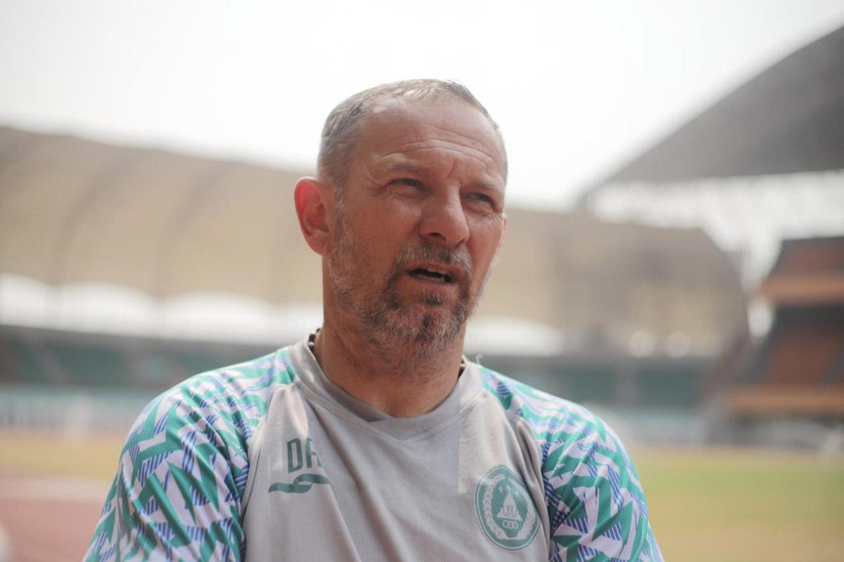 Pelatih Kepala PSS Dejan Antonic. (Foto: Media Officer PSS)