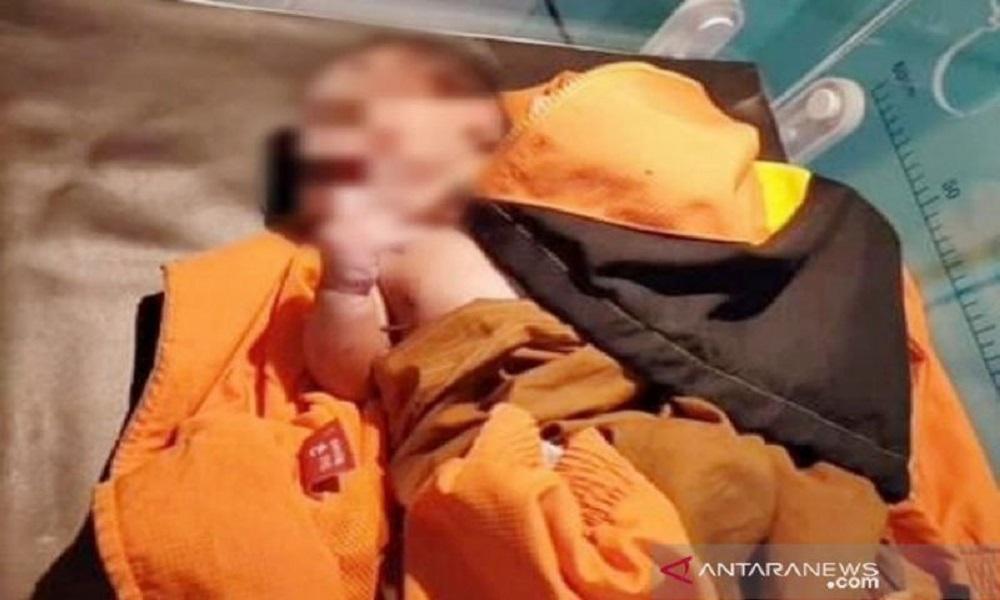 Bayi laki-laki yang ditemukan Kridayanti. FOTO: Antara