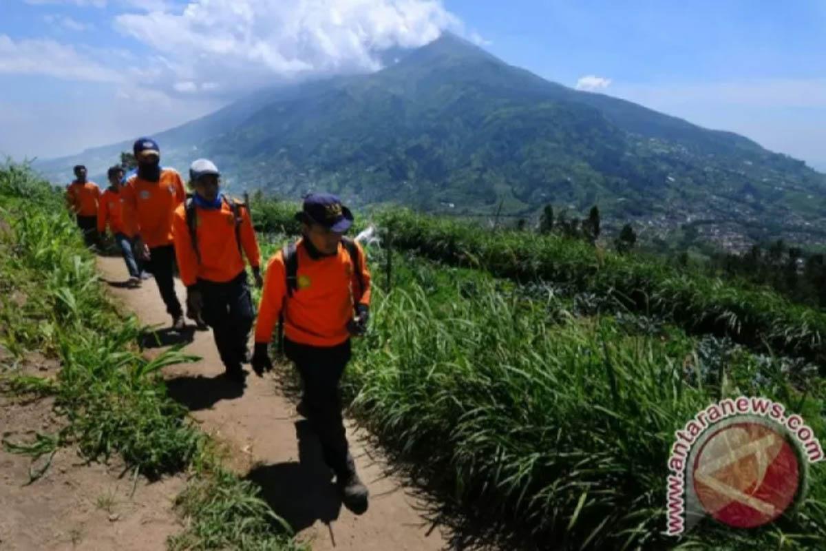 Tiga Pendaki Tersesat di Gunung Ungaran Jateng