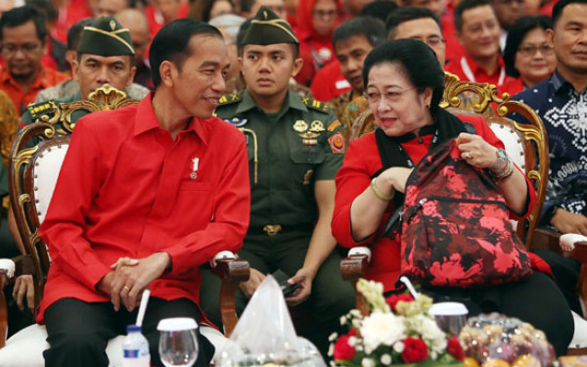 Presiden Jokowi dan Megawati Soekarnoputri (foto: JPNN)