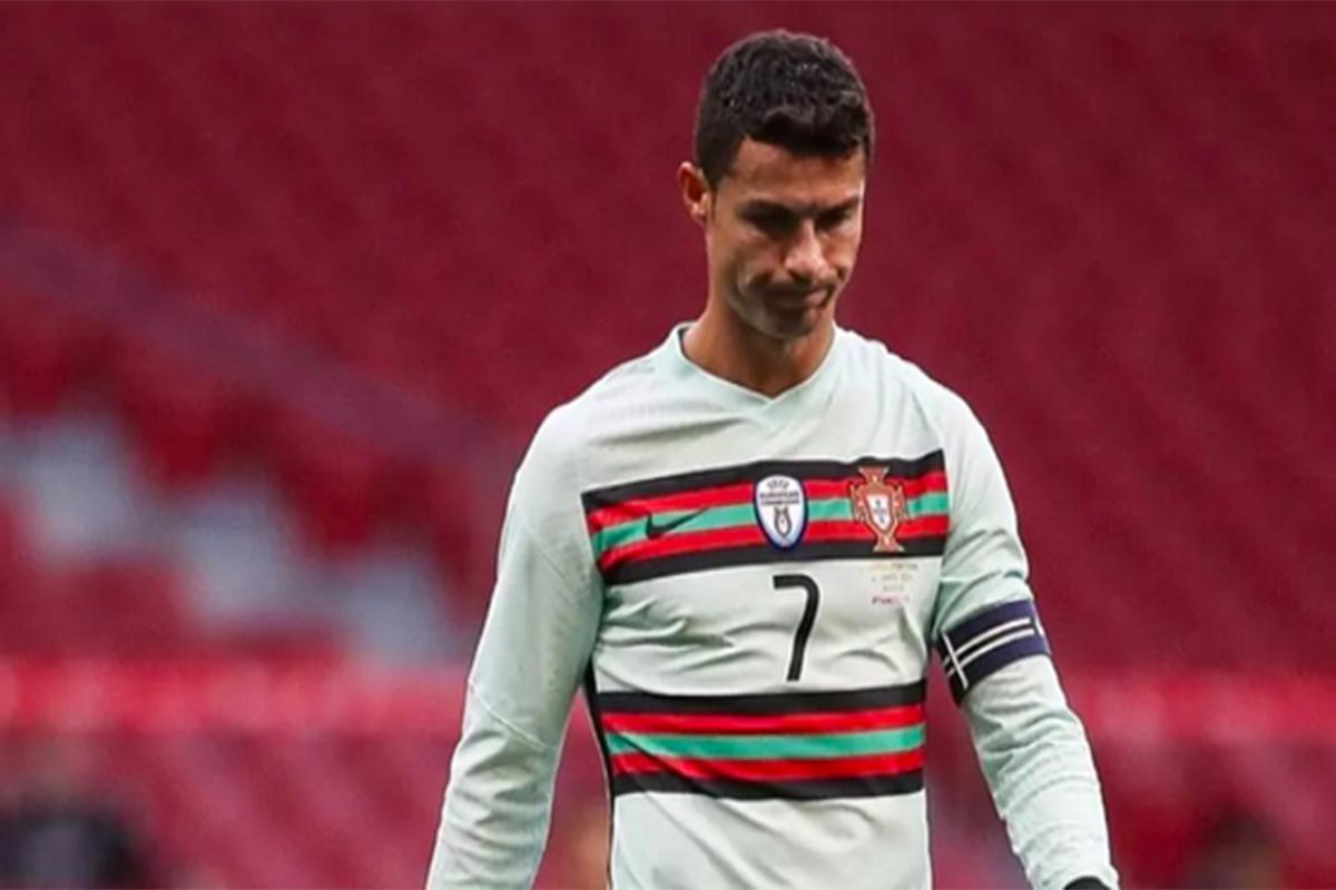 Gara-gara Ronaldo, Saham Coca-cola Anjlok, Rugi Rp57 Triliun!