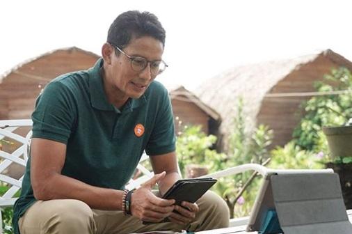 Denny Siregar Skakmat Sandiaga Uno: Susah Paham Rakyat Kecil...- Menteri Pariwisata dan Ekonomi Kreatif Sandiaga Uno (Foto: Instagram/sandiagauno)