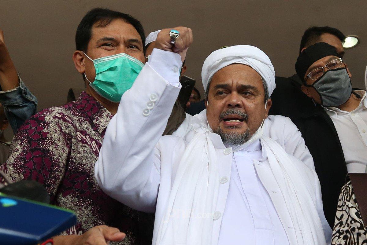 Doa Pengacara Habib Rizieq Dahsyat: Semoga Majelis Hakim…