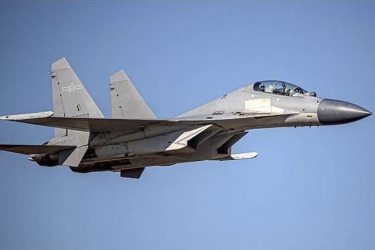 Militer China menerbangkan 28 jet tempur menuju ke Taiwan. Foto: APnews.com