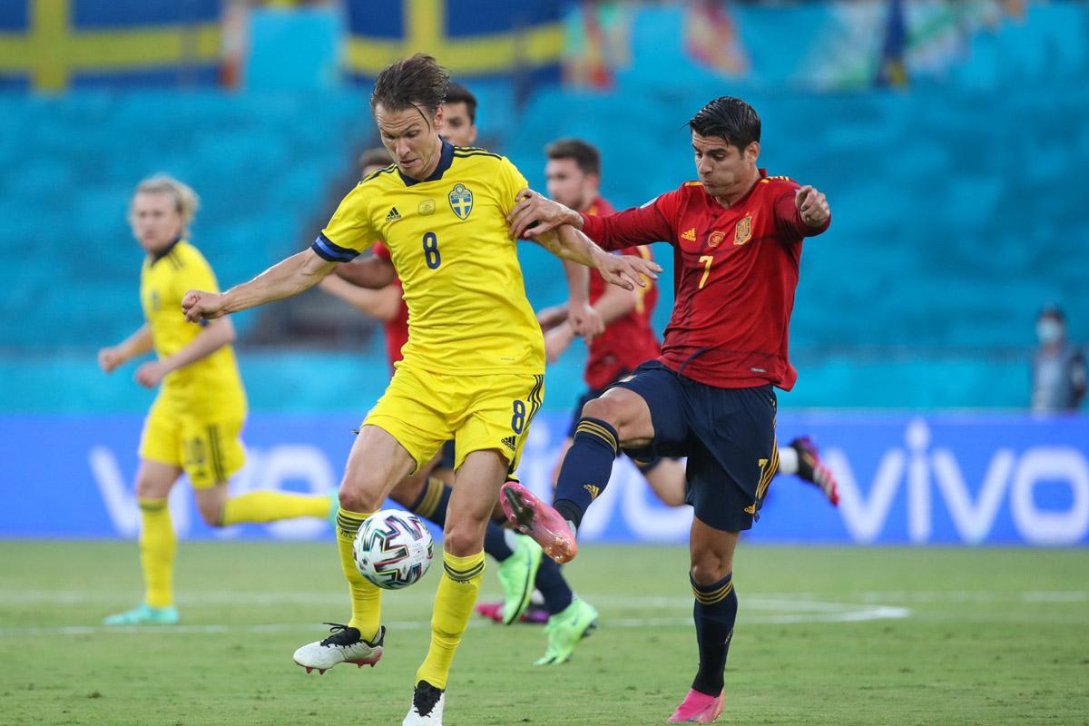 Penyerang Timnas Spanyol Alvaro Morata saat melawan Swedia pada Piala Eropa 2020. Foto: Twitter/Sefutbol