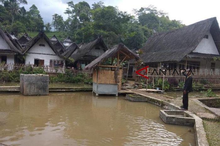 Suasana Kampung Naga di Desa Neglasari, Kecamatan Salawu. Foto: Antara.