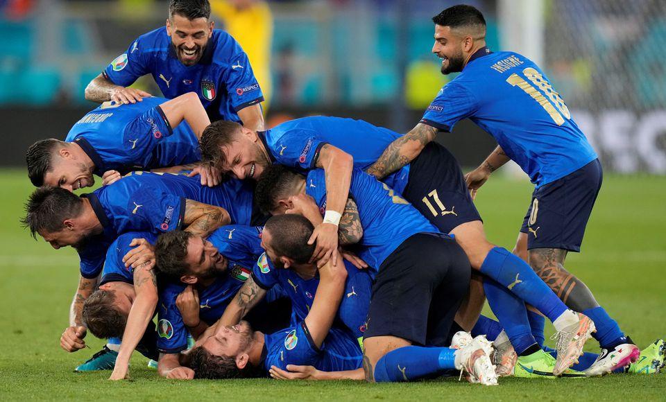 Diketahui masih perawan alias nirbobol, Timnas Italia diyakini membuat para rivalnya di ajang Piala Eropa 2020 kian resah. (foto: REUTERS/Alessandra Tarantino)