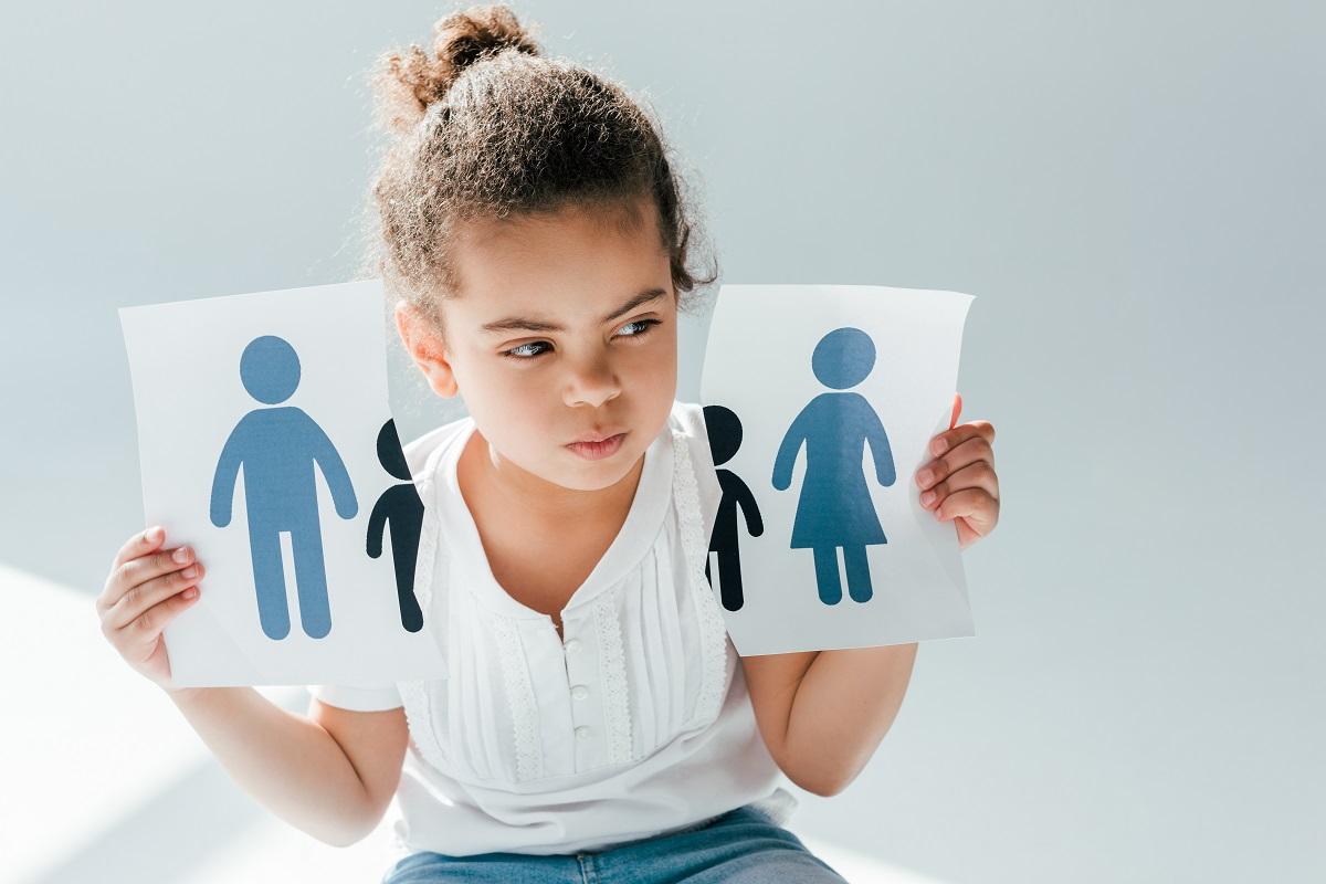 ilustrasi anak dengan ortu bercerai. foto: envato elements