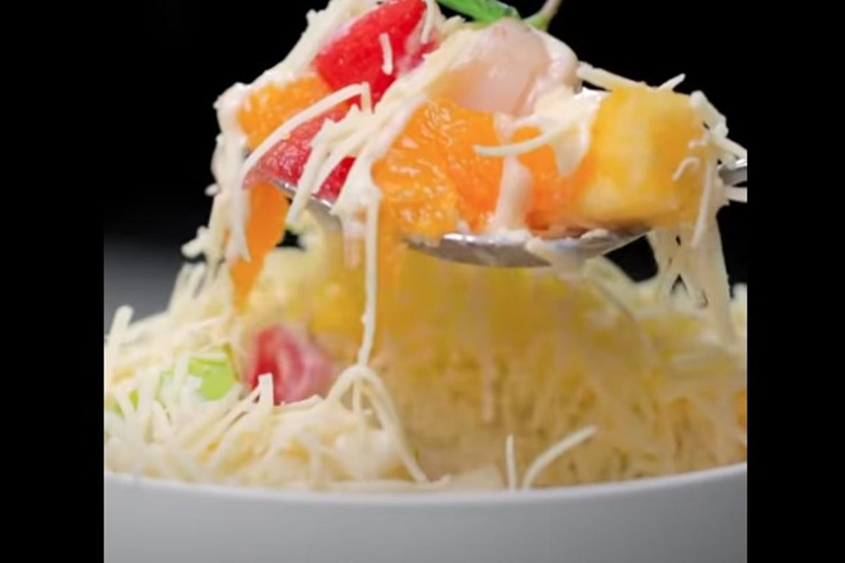 Salad buah (foto: SC YouTube Yummy App)