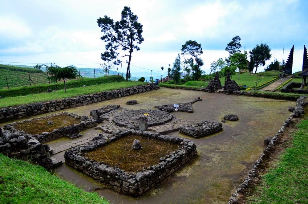 Candi Cetho, Wisata Sejarah Tersembunyi di Karanganyar
