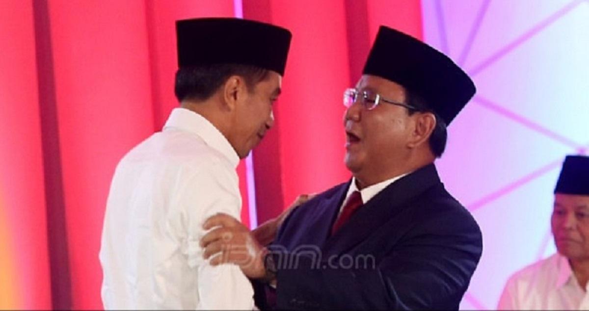 Presiden Jokowi dan Menhan Prabowo (foto: JPNN)