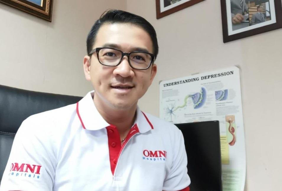 dr. Andri SpKj – Dokter Spesialis Kesehatan Jiwa dari RS Omni, Alam Sutera. (Foto: Dok Pribadi for GenPI.co)