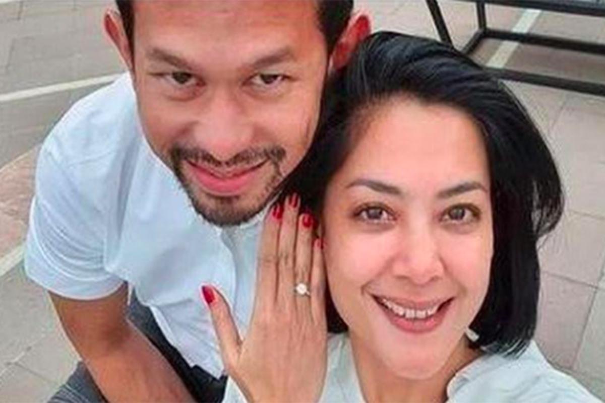 Lulu Tobing bersama suaminya Bani Maulana Mulia. Foto: Instagram