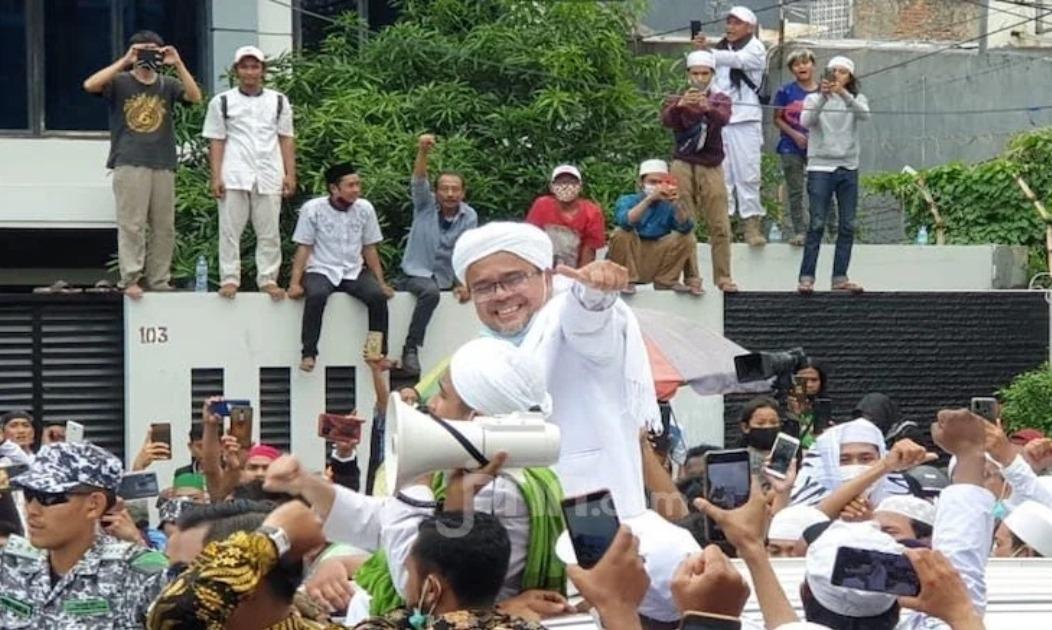 Pengamat Bilang Jusuf Kalla Menyadari Kekuatan Rizieq, Tapi...